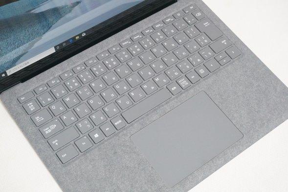 サーフェス laptop3